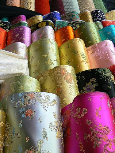 Vải lụa: Loại vải sang trọng nhất thế giới có nguồn gốc từ đâu?